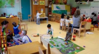 Ien circonscription d pinay sur seine classes de toute petite section tps - Decoration classe petite section ...